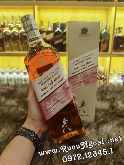 Rượu Johnnie Walker Wine Cask Blend 1000ml