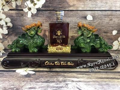 Kệ Trưng Bày Rượu Brandy XO - Tỳ Hưu Xanh